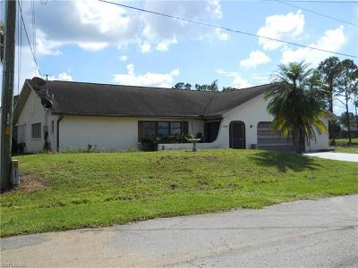 Lehigh Acres Single Family Home For Sale: 1438 Graham Cir