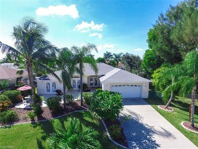 Cape Coral Single Family Home For Sale: 5404 SW 25th Ct