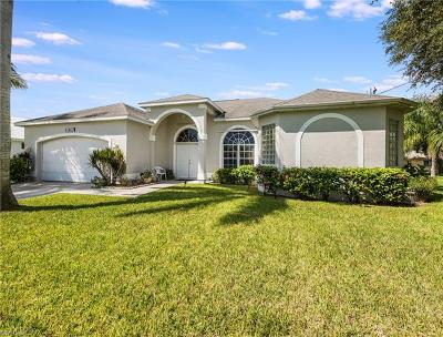 Cape Coral FL Single Family Home For Sale: $475,900
