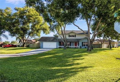 Cape Coral Single Family Home For Sale: 15 SE 12th Ave