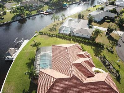 Cape Coral Single Family Home For Sale: 4401 SE 8th Pl