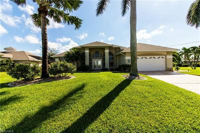 Cape Coral Single Family Home For Sale: 4701 Sands Blvd