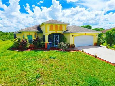 Lehigh Acres Single Family Home For Sale: 320 Pennfield St