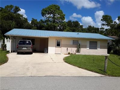 Cape Coral, Fort Myers, North Fort Myers Single Family Home For Sale: 69 Cardinal Dr