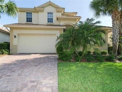 Fort Myers Single Family Home For Sale: 5497 Whispering Willow Way