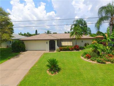 Cape Coral Single Family Home For Sale: 1915 SE 5th Ter