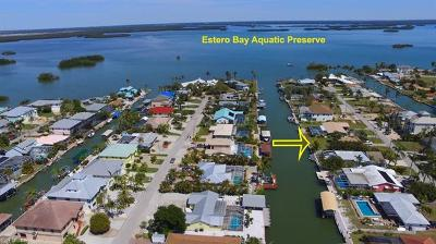 Fort Myers Beach Single Family Home For Sale: 235 Ibis St