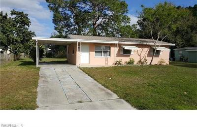 Lehigh Acres Single Family Home For Sale: 44 Andora St