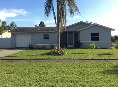 Cape Coral, Fort Myers, Estero, Babcock Ranch, Miromar Lakes, North Fort Myers Single Family Home For Sale: 1043 Kindly Rd