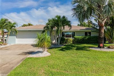 Cape Coral Single Family Home For Sale: 1111 SE 14th St