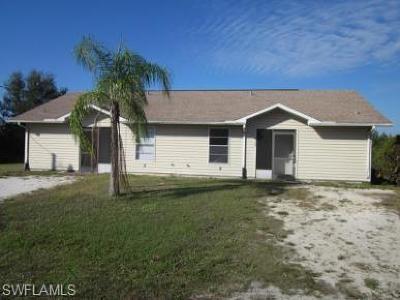 Lehigh Acres Multi Family Home For Sale: 308 Gilbert Ave S