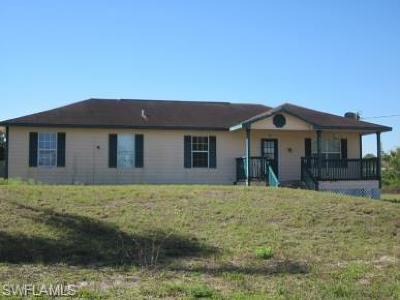 Lehigh Acres FL Single Family Home For Sale: $120,000