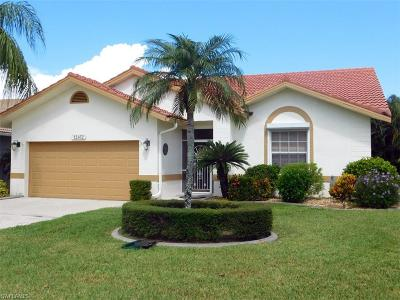 Fort Myers Condo/Townhouse For Sale: 12452 Kelly Sands Way