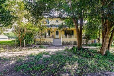 Punta Gorda Single Family Home For Sale: 8108 Acorn Blvd
