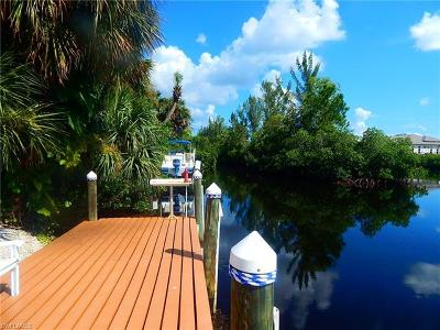 Fort Myers Residential Lots & Land For Sale: 6074 Waterway Bay Dr