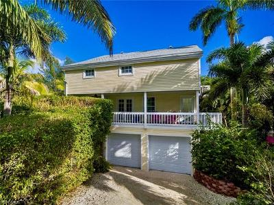 Sanibel Single Family Home For Sale: 1009 Dixie Beach Blvd