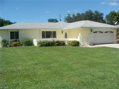 Cape Coral Single Family Home For Sale: 4100 SW 6th Pl