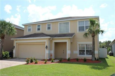 Lehigh Acres Single Family Home For Sale: 8364 Silver Birch Way