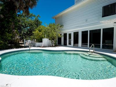 Sanibel FL Single Family Home For Sale: $750,000