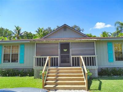 Fort Myers Condo/Townhouse For Sale: 15552/15554 Kapok Ct