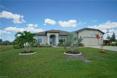 Cape Coral Single Family Home For Sale: 1123 Mohawk Pky