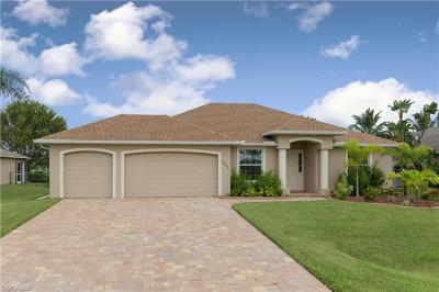 Cape Coral FL Single Family Home For Sale: $369,000