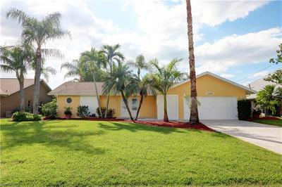 Cape Coral Single Family Home For Sale: 5008 Skyline Blvd