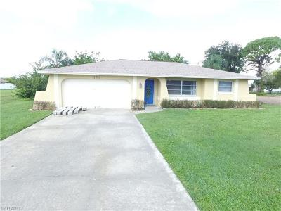 Cape Coral Single Family Home For Sale: 1728 SW 3rd Ave