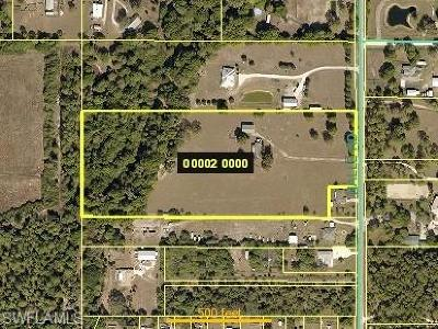 North Fort Myers Single Family Home For Sale: 18901 Nalle Rd E