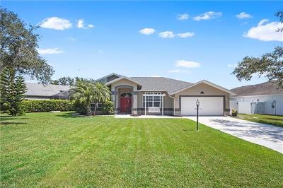 Fort Myers Single Family Home For Sale: 19546 Devonwood Cir