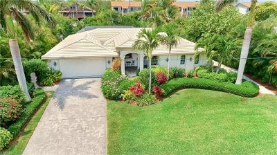 Sanibel Single Family Home For Sale: 872 Limpet Dr
