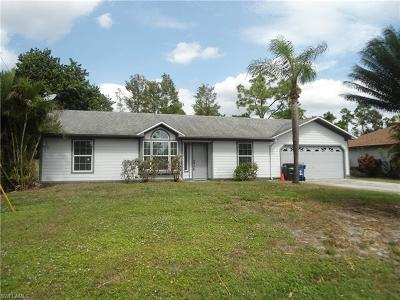 Fort Myers Single Family Home For Sale: 8017 Caloosa Rd