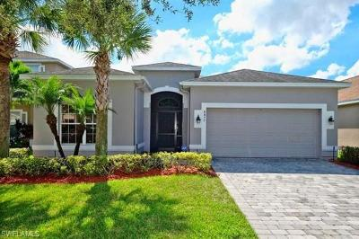 Lehigh Acres Single Family Home For Sale: 8077 Silver Birch Way