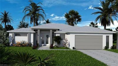 Cape Coral Single Family Home For Sale: 832 Miramar Ct