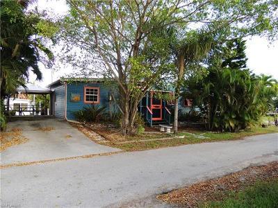 Matlacha Single Family Home For Sale: 2602 Pine St