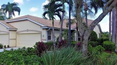 Lehigh Acres Condo/Townhouse For Sale: 2227 Carnaby Ct