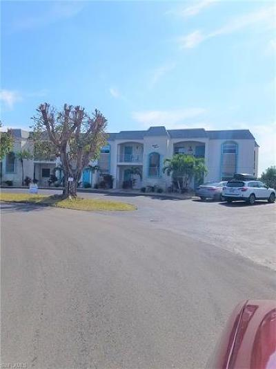 Cape Coral, North Fort Myers, Fort Myers Condo/Townhouse For Sale: 304 Tudor Dr #4