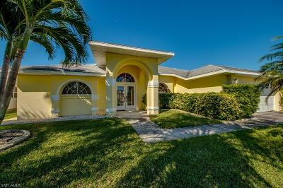 Cape Coral Single Family Home For Sale: 3344 SE 17th Pl