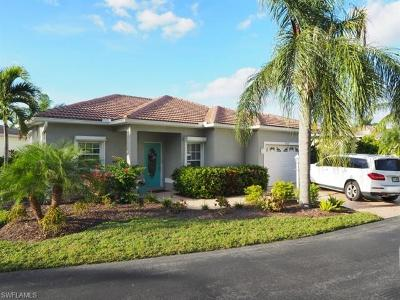 Estero Single Family Home For Sale: 10728 Maui Cir