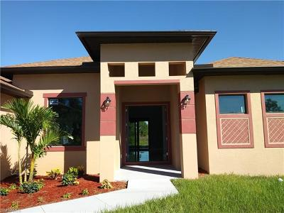 Lehigh Acres Single Family Home For Sale: 3900 22nd St SW