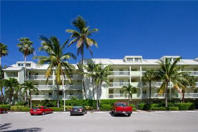 Captiva, Sanibel Condo/Townhouse For Sale: 4204 Bayside Villas