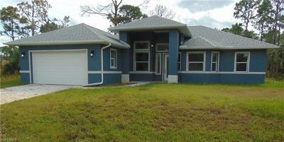 Lehigh Acres Single Family Home For Sale: 1116 Cove St E