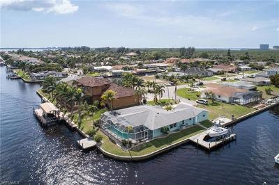 Cape Coral Single Family Home For Sale: 111 SW 57th St