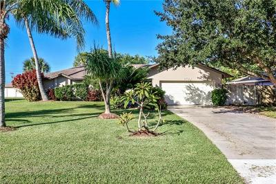 Cape Coral Single Family Home For Sale: 2724 SW 12th Pl