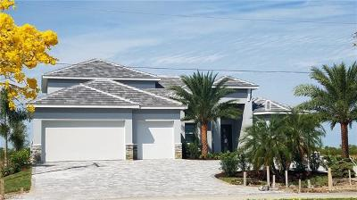Cape Coral Single Family Home For Sale: 3416 Surfside Blvd
