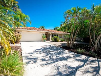 Sanibel Single Family Home For Sale: 1056 S Yachtsman Dr