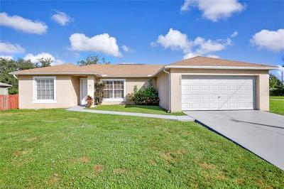 Cape Coral Single Family Home For Sale: 1621 SW 3rd Ter