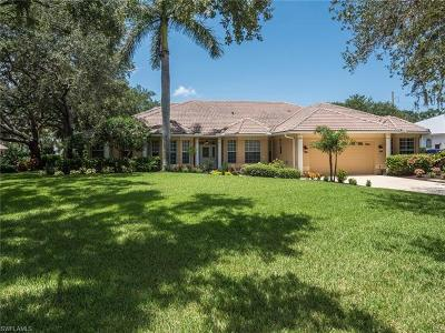 Cape Coral Single Family Home For Sale: 1805 Piccadilly Cir