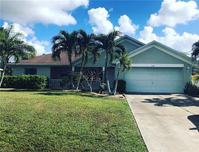 Cape Coral Single Family Home For Sale: 1105 NW 22nd Ave