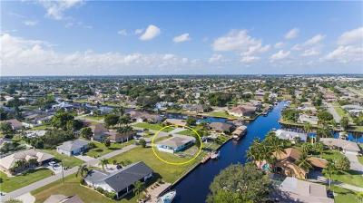 Cape Coral Single Family Home For Sale: 2101 SE 10th Ln
